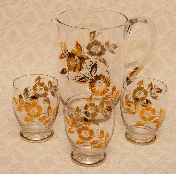 vintage jug & glasses, Gold flower Vintage cocktails fruit water large jug & 3 glasses tumblers set retro cocktails serving
