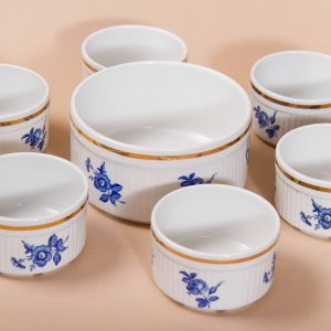 Alfred Meakin Glo-white Ironstone souffle dish with 6 ramekins, in original box Mid Century pottery