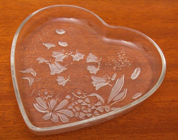 Heart-shaped Glass Dish, Heart-shaped Glass Dish with Frosted Flowers, Heart Glass Dish, Glassware, Kitchenware, Serving Dish