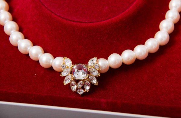 vintage Marvella pearl chker, Marvella vintage faux pearl and sparkling rhinestone goldtone choker necklace in original box