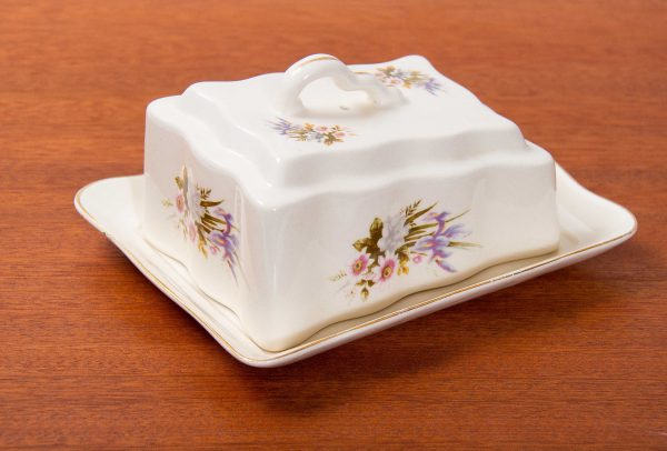 , Vintage china cheese butter wedge dish plate with lid botanical pattern Romania