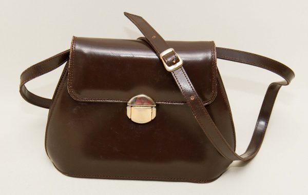 vintage Italian leather bag, Moda Pelle vintage brown leather shoulder bag gold clasp Made in Italy 1950's bag