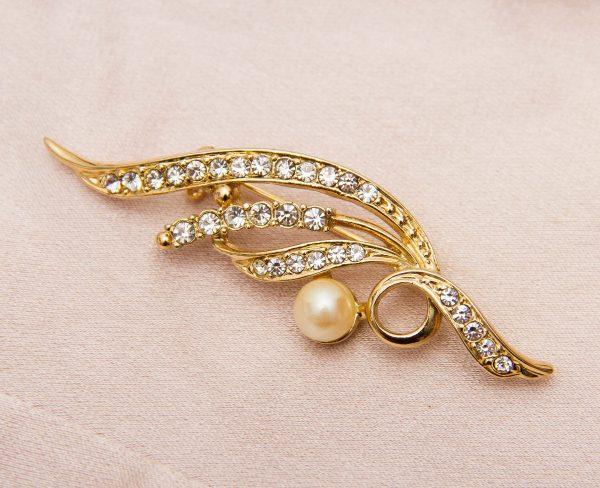 Vintage Gold Plated Brooch, Vintage 18 Carat Gold Plated Pearl and Rhinestone Leaf shape Brooch