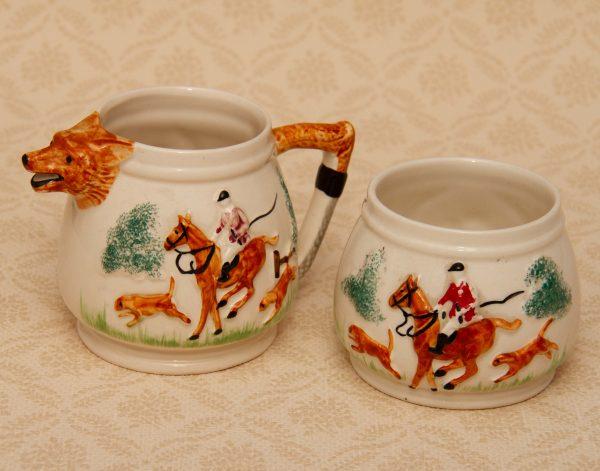 Paramount Potteries Co. Vintage Milk Jug and Sugar Bowl, Paramount Potteries Co. Vintage Milk Jug and Sugar Bowl Set Sporting Horse Fox Scene