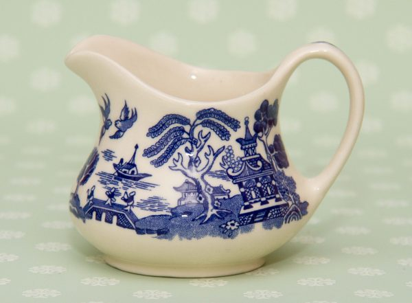 English Ironstone Old Willow, English Ironstone Tableware Old Willow Blue and White Milk Jug