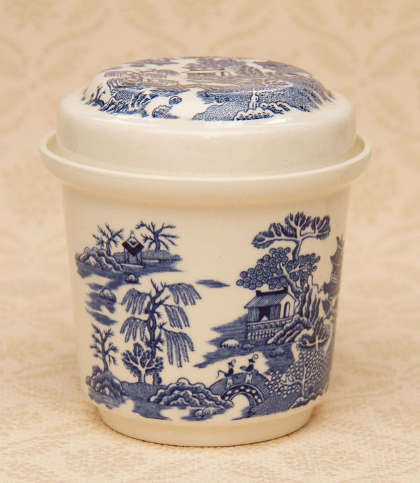 Masons Ironstone Ginger Jar, Mason's Ironstone Willow Blue and White Jar with Lid for Ringtons Tea
