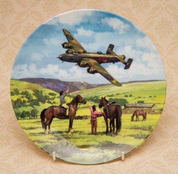Royal Doulton Halifax Salute plane plate, Royal Doulton Heroes Of The Sky – Halifax Salute Collectors Picture Plate