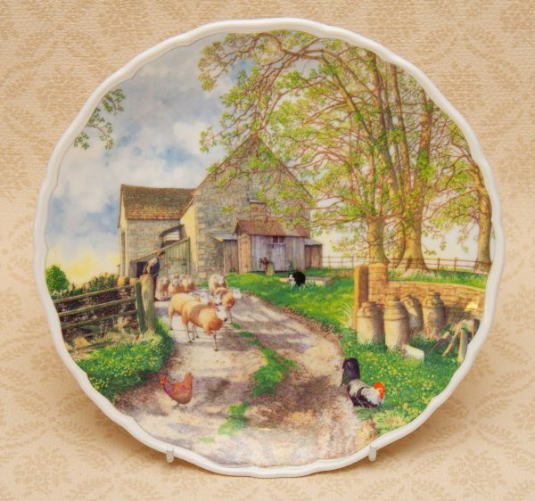 Royal Albert Plate, Royal Albert Life On The Farm – The Flock, Richard Partis Bone China Collectors Picture Plate