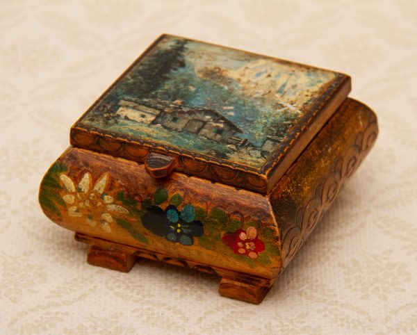 WILH MERTH Innsbruck wooden Box, Tirol Fachgeschaft, WILH MERTH, Innsbruck Vintage Wooden Jewellery Trinket Box