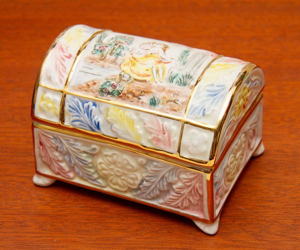 R Capodimonte, R Capodimonte Italy Porcelain Casket Jewellery Trinket Box