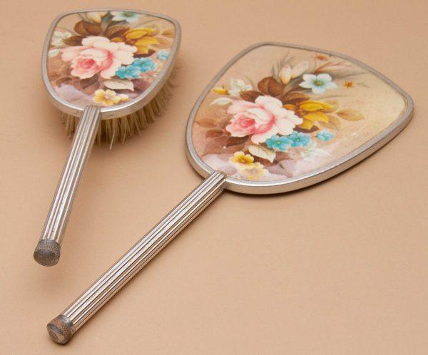 Vintage vanity Dressing Table set, Vintage Vanity Dressing Table Set Silver Metal Floral Pattern Hand Mirror & Brush