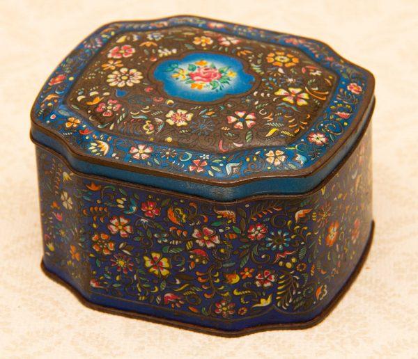 George W. Horner vintage sweet tin, George W. Horner & Co County Durham Vintage Sweet Tin, Blue Floral Design