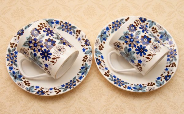 Elizabethan Carnaby retro cups and saucers, Elizabethan Carnaby Fine Bone China Vintage Coffee Cups and Saucers Set of 2, Blue Floral Retro
