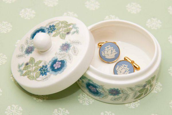 Wedgwood Clementine bone china, Wedgwood Clementine Bone China Trinket Pot With Lid